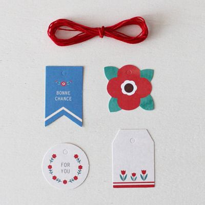 Mini Gift Tags / tags idea /wrapping paper / flower tags / retro design