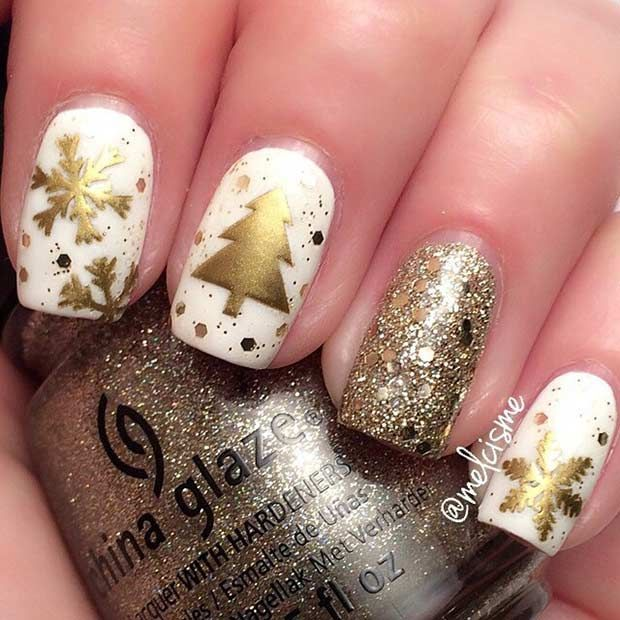 Sparkly White and Gold Christmas Nail Design