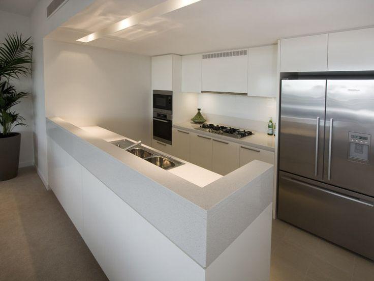 Oltre 25 fantastiche idee su arredamento frigorifero su - Cucina all americana ...