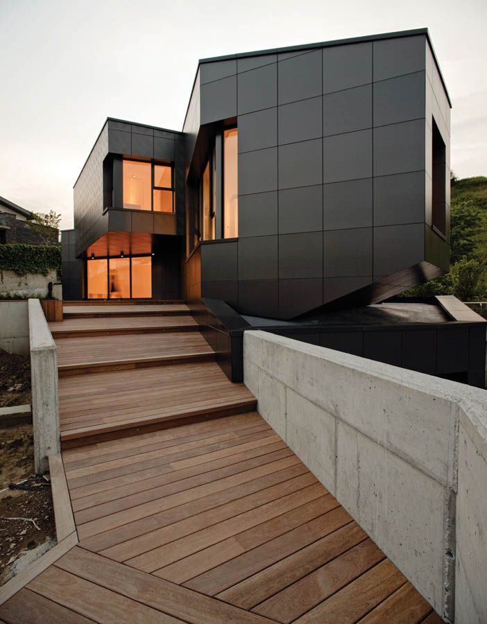 i need to stop looking at houses i could never afford... Modern house by Asensio Mah