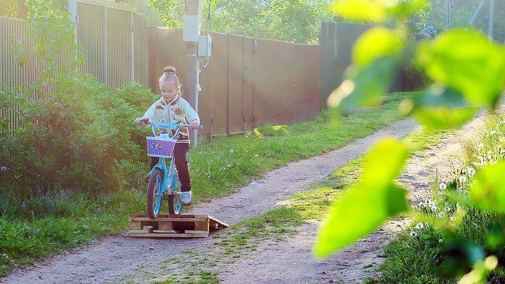 ВЛОГ Новая прическа | Детки прыгают с трамплина велосипедах | Перестанов... #amarilife #video #vlog #видео #влог #велосипед #трамплин #прическа #прически #прическидлядетей