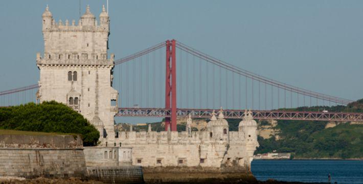 Torre de Belém e Ponte 25 de Abril- Portugal