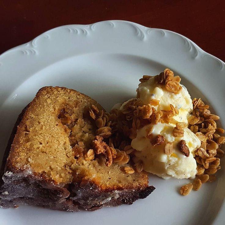 Nola Granola Swirled Old Fashion infused cake ala mode with Bourbon Pecan Granola topping! Monday. Made. #WhatsYourNola #nashville #nolasnacks #elimason #kingarthurflour #halotop #nolagranola #icecream #cake #monday #oldfashion #instagood #foodpic #f52grams #feedfeed #granola #foodie #buzzfeedfood #love #happy #shoplocalnashville #nofilter #friends #home #bourbon #pecans #pecan #foodphotography #nashvillefoodfan #nashvilleeats by nolasnacks