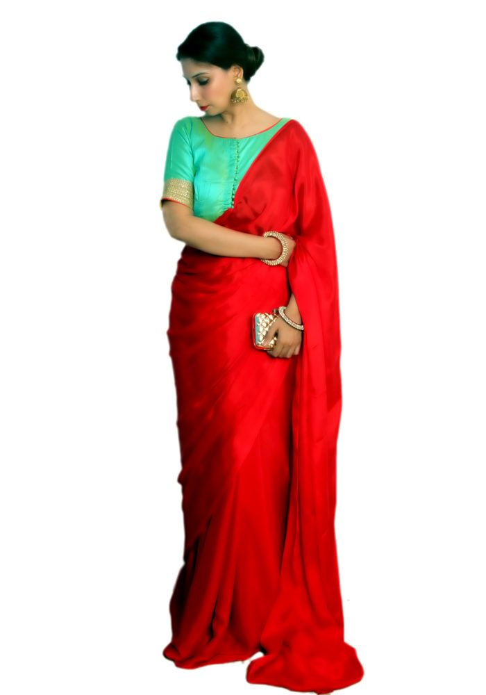 Purchase designer sarees online. Shop for latest & widest collections for designer sarees, Kurtis jewellry for women's at http://pinkpaparazzi.in.