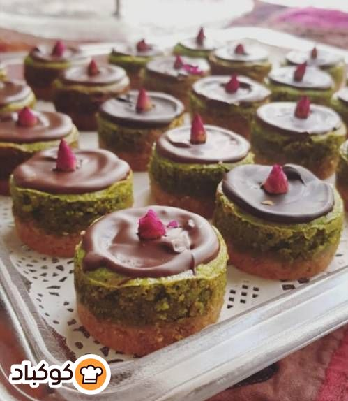 تشيز كيك الفستق الحلبي بالصور من Reem Abu Mailesh Recipe Desserts Cheesecake Mini Cheesecake