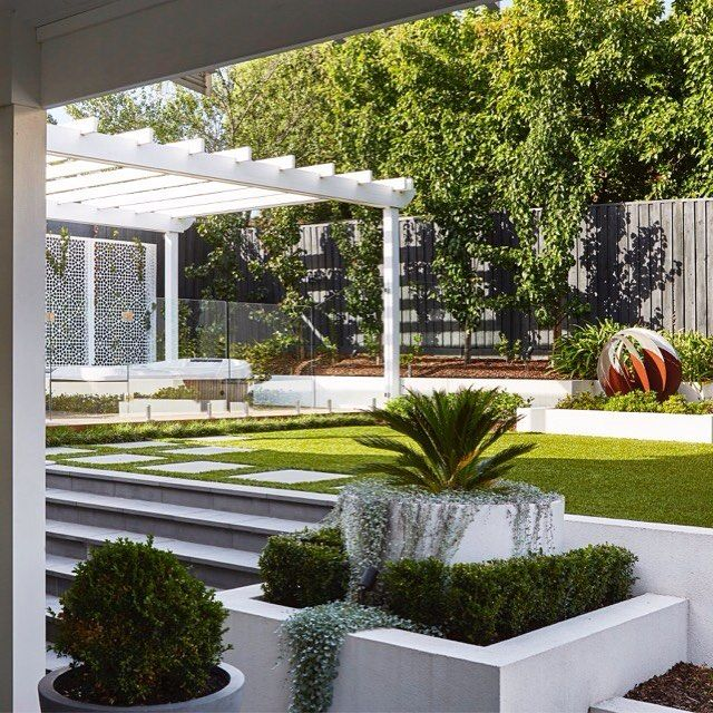 What A Pleasure To Go Back To Our Essendon Project And See Its Evolution Fewyearslater B Pool Landscape Design Garden Landscape Design Backyard Landscaping