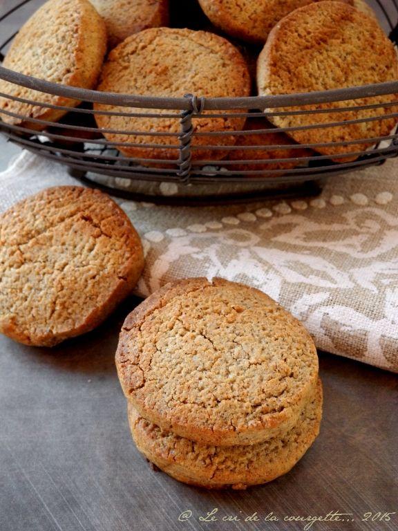 Imprimez l'articleChez moi on est fan des biscuits au sarrasin (sans gluten) vendus en vrac dans notre magasin bio préféré. Ils partent comme… des petits pains, à l'heure du goûter. J'ai donc décidé de me ...