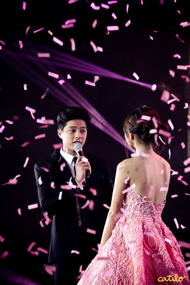 Kathryn Bernardo's debut featured pink modern-vintage details. Check out the photos here!