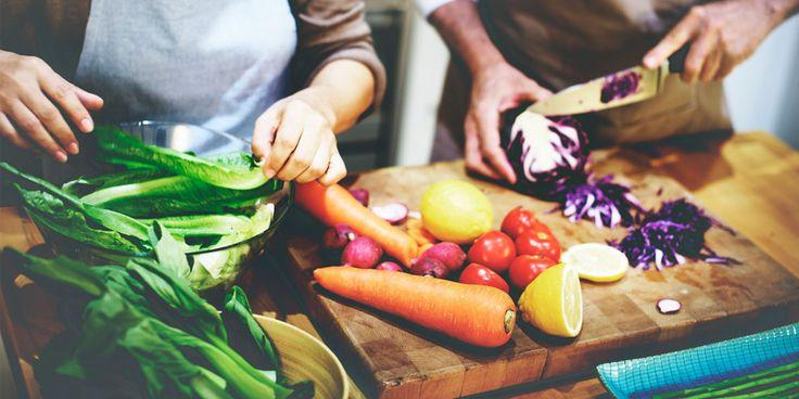 De een schrapt tarwe en zuivel van zijn menu, van de ander 'mag' je dat gewoon eten. In Margriet Food geven foodies hun visie op wat gezond eten voor hen is. Wil je leren koken volgens hun visie? Of wil je kans maken op een van de kookboekendie op dit moment toonaangevend zijn? Vul dan…