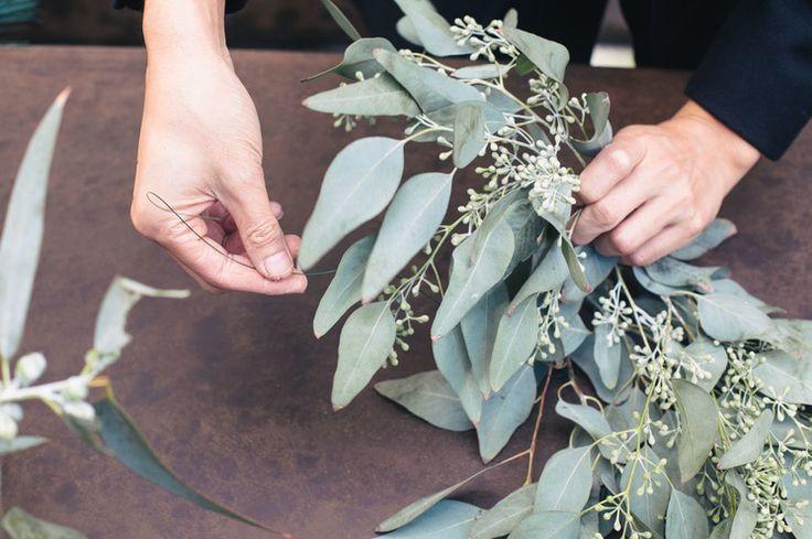 DIY eucalyptus garland. BEST TUTORIAL SO FAR!