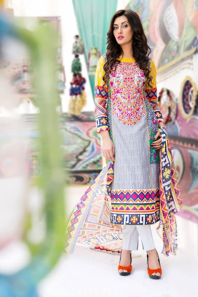 Amna Ismail Latest Summer Lawn Collection http://clothingpk.blogspot.com/2015/06/amna-ismail-summer-lawn-collection-2015.html
