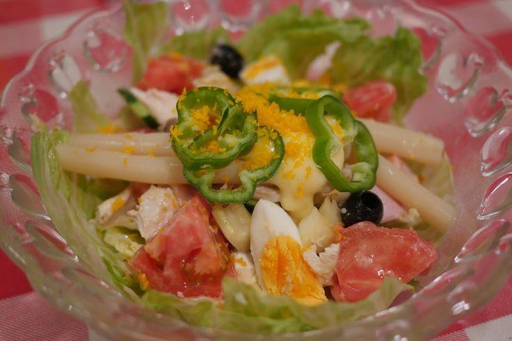 老舗洋食店キッチンボンのサラダは4300円 / 奇跡のマリアージュを楽しめる一品