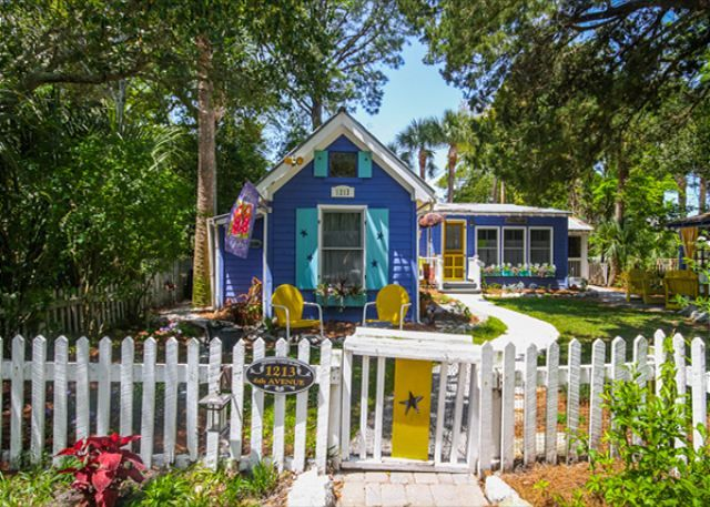 Tybee island ga united states fish camp cottage circa for Compact cottages georgia