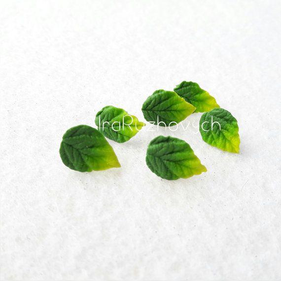 Stud Oorbellen blad bladeren groen sieraden door IraRuzhovych