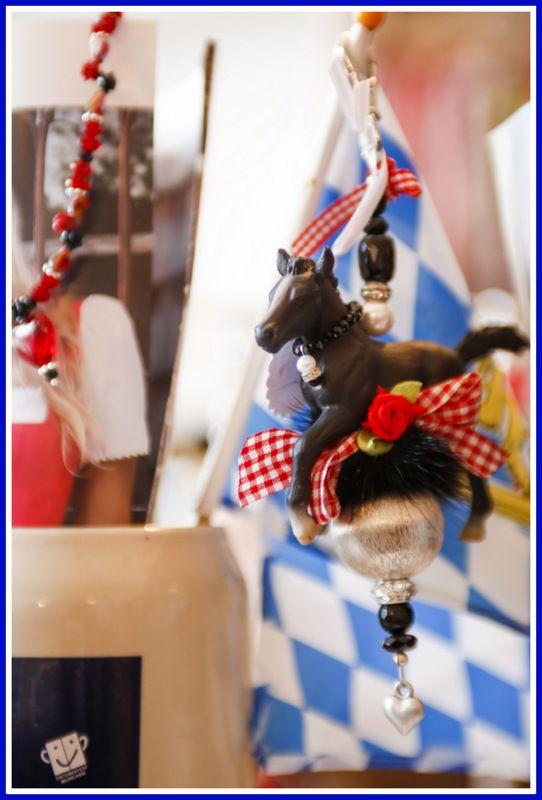 """Ein absoluter Hingucker...ein """"must have"""" für jeden Pferdeliebhaber! von simonekramer.de erhältlich auch bei KLAMOTTE in Diessen am Ammersee"""