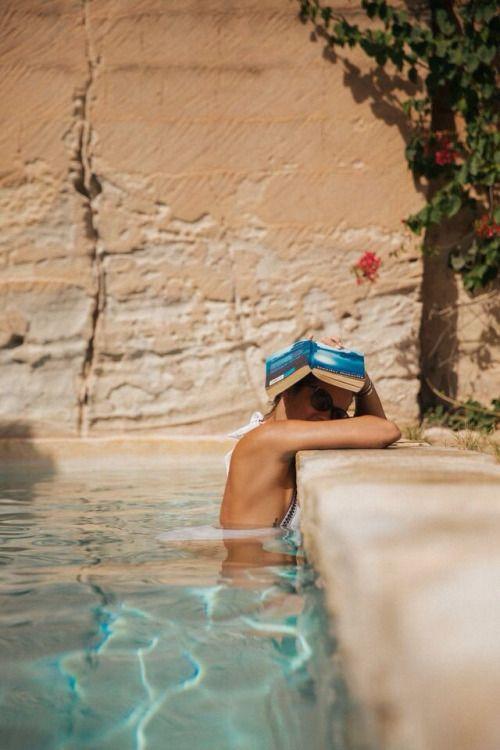 En la privacidad del hogar y en un bañito en.la piscina ❇❇❇ Una Selfie divertida siempre es un no Ito recuerdo