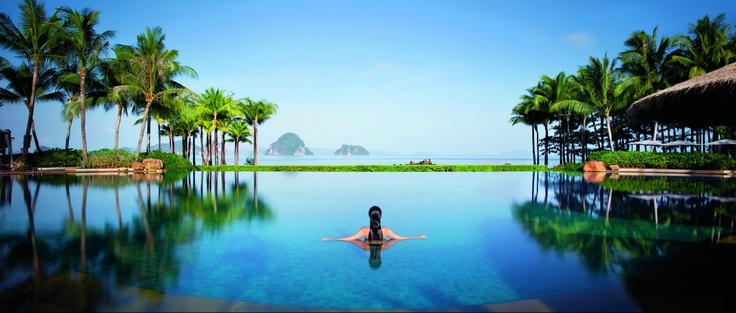 Paradise in Balance Retreat includes Thai massages and herbal poultice treatments, raw-food Thai cooking classes, full moon beach yoga, healthy menu and detox juices. All this at  at Phulay Bay, a Ritz-Carlton Reserve, Thailand