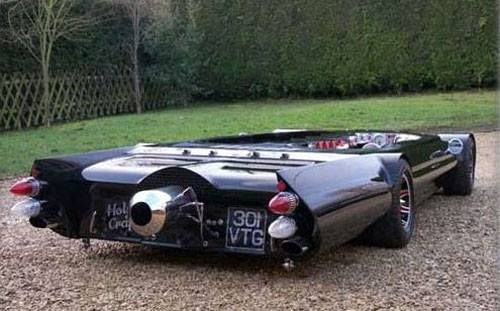 Smallest Sports Car - Meet Flatmobile- World's lowest street legal car !  Officially recognized by the Guinness World Records for lowest street legal car, the Flatmobile stands at just 19 inch or 48 cm tall.  Height-19″ Length-12'2″ Width-5′ 5″ Combustion Engine-Hillman Imp 875 Sport Jet engine-DIY gas turbine
