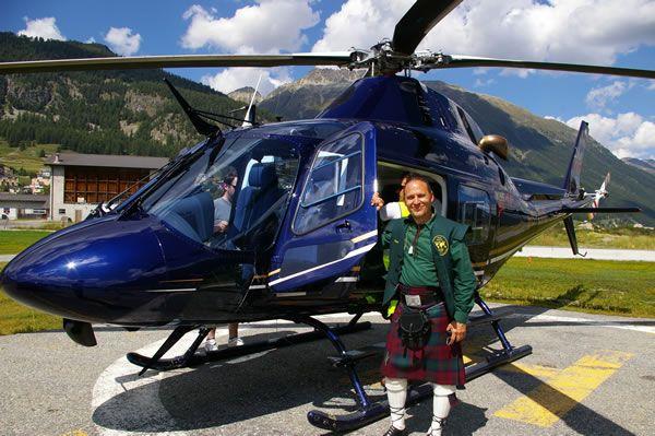 Whisky Tasting mit dem Helikopter in den Schweizer Alpen.