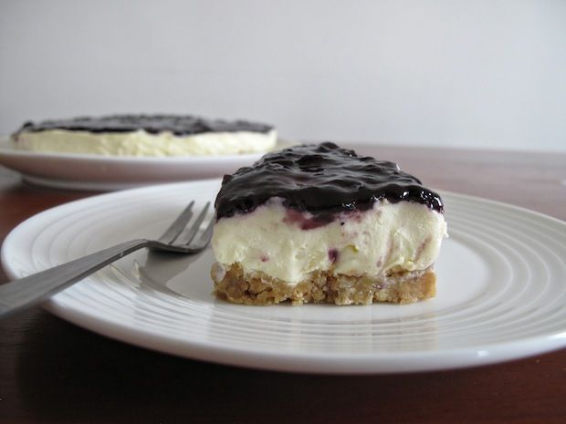 Blueberry Cheesecake in 30 minutes (no-bake)