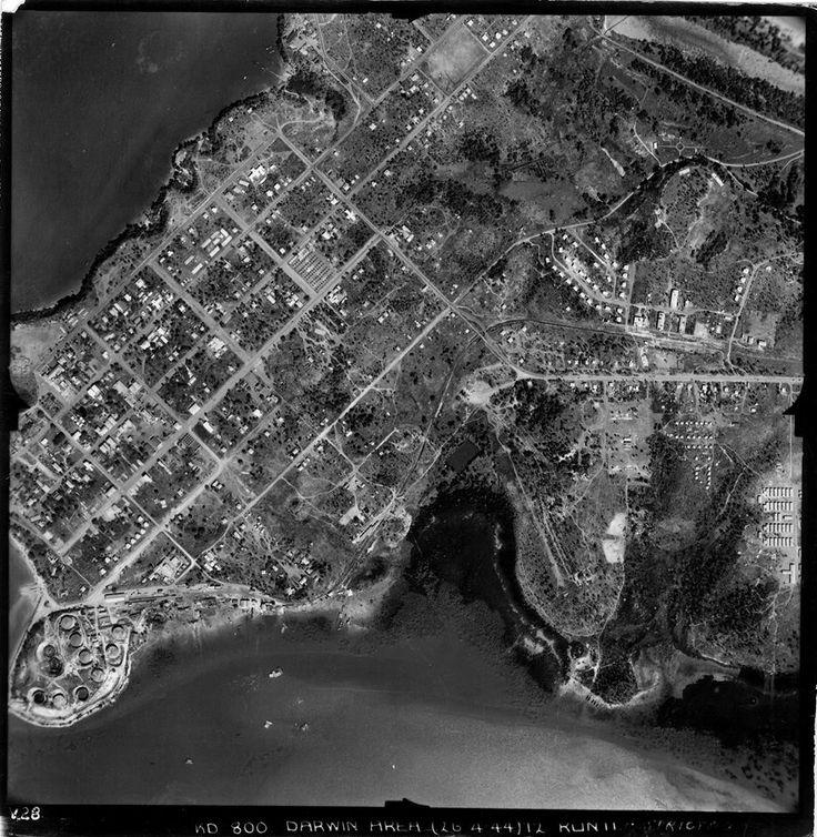 Aerial photo of Darwin 1944