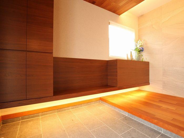 玄関ホール 間接照明 イメージ