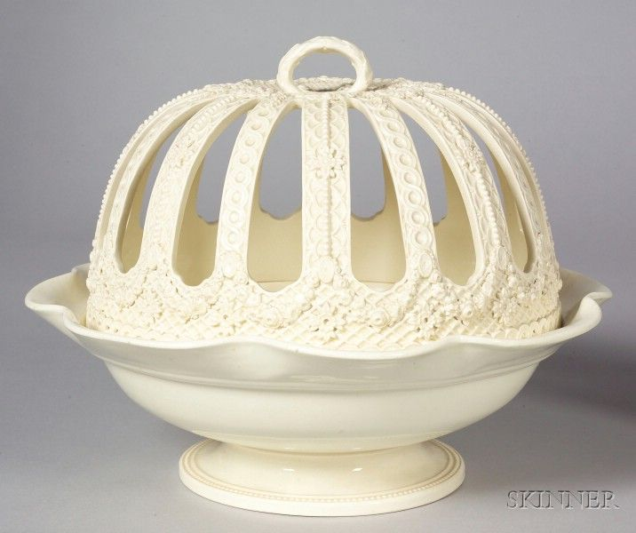 Wedgwood Queen's Ware Orange Bowl and Cover, England, c. 1879 - How totally gorgeous!