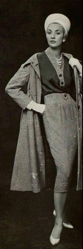 1957 Pierre Balmain