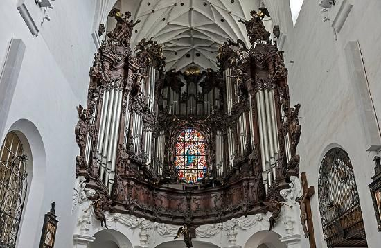 Visited Oliwa Cathedral last Friday, and what an amazing building. They do a free organ recital most days up until 1.00p.m. which we were lu...