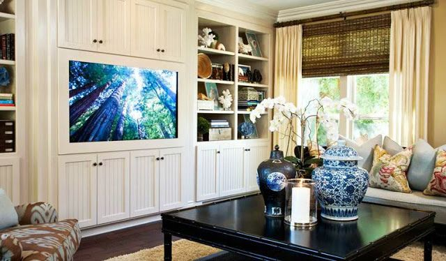 20 Blue and White Family/Living Rooms- The Glam Pad