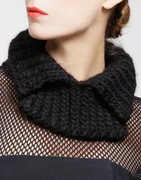 1000+ images about knitted scarves & collars on Pinterest Wool, Knitted...