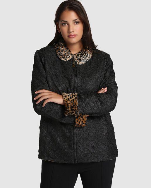 Abrigo corto de mujer talla grande Talla y Moda con estampado animal