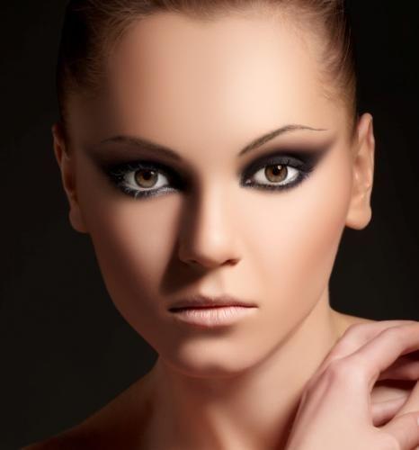 17 Best ideas about Bold Makeup Looks on Pinterest ...