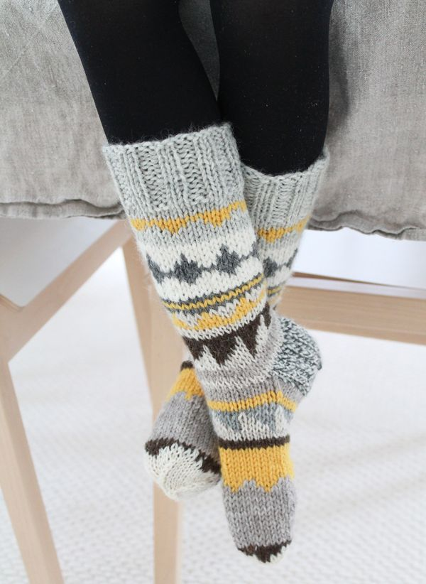 geometrical wool socks