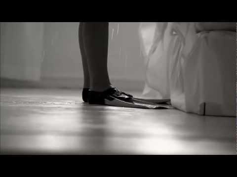 Ett annat land (Simfötter i sängen) - Ving reklamfilm sommar 2012