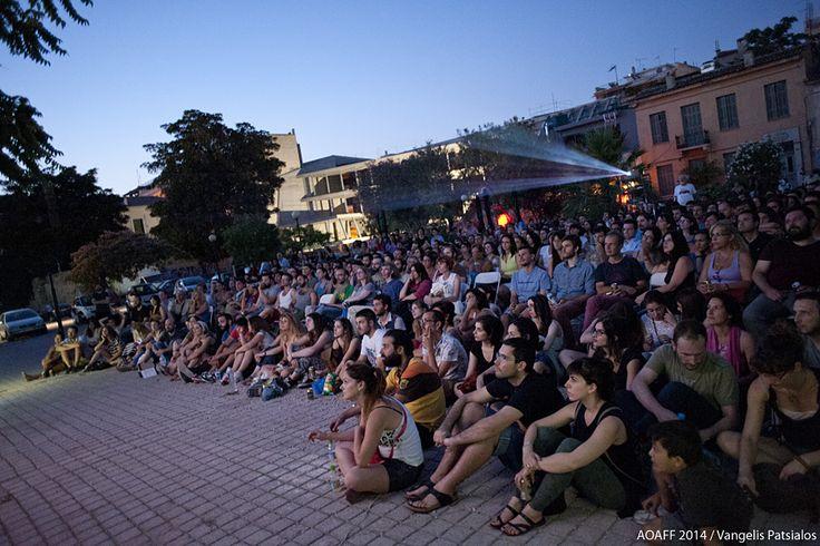 """Προβολή της ταινίας """"Κάνε το σωστό"""" στην Πλατεία Αυδή. #AthensOpenAir"""