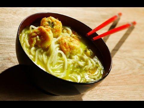 Vídeo com o passo a passo de como fazer sopa tailandesa com macarrão. Veja também mais no nosso site http://jblab.com.br/receita-sem-gluten-sopa-tailandesa