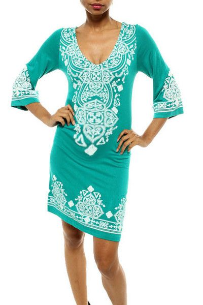Gorgeous comfortable affordable maternity dress