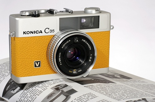 konica c35 v yellow leather