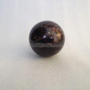 Garnet Sphere 4.5cm