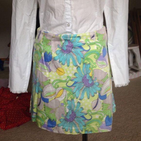 Girls Golf skirt Really cute preppy summer skirt. Shorts built in for that perfect Golf or Tennis game!  Girls Golf Skirts