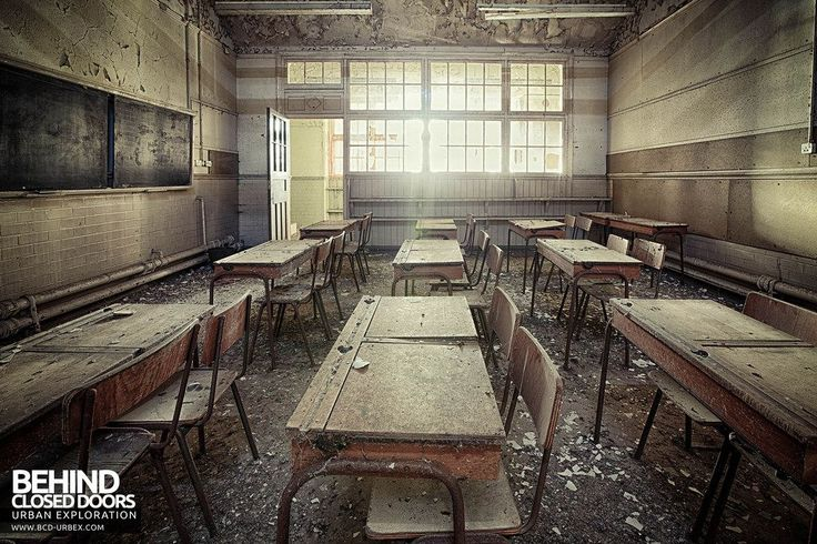 Abandoned Easington Colliery Primary School opened in 1911 in a busy County Durham mining community. Its old classrooms are now like an eerie time capsule.