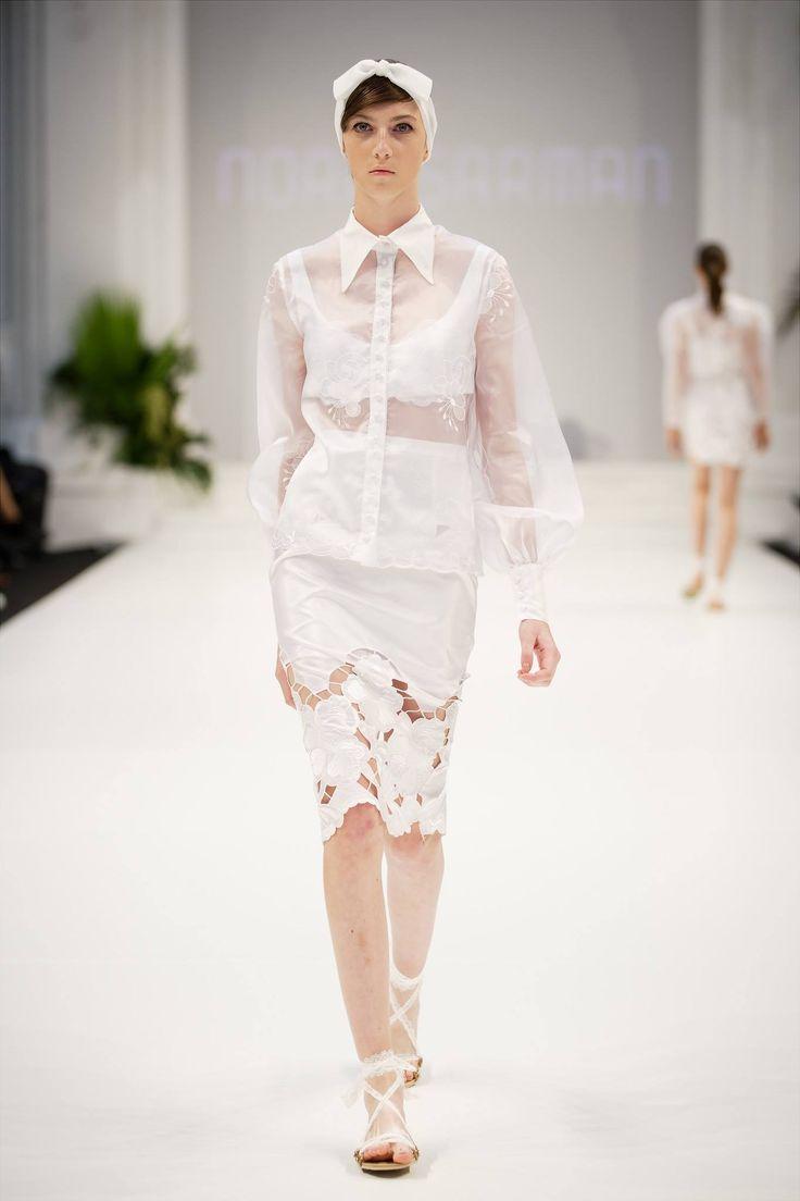 Nora Sarman / Ss2018 / The Honeymooner / Mercedes-Benz Fashion Week Central Europe / headpieces: Vecsei Millinery