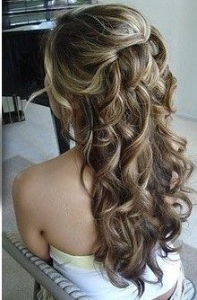 Pretty Curls: Half Up, Bridesmaid Hair, Hairs Idea, Long Hair, Prom Hair, Weddings Hairs, Hairs Styles, Bridal Hair, Curly Hair