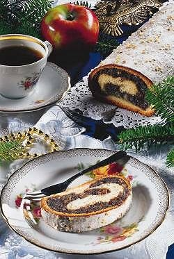 Makowiec (Poppy-seed roll) ~ my absolute favorite Polish dessert