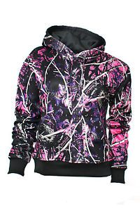 Muddy Girl Camo Performace Hoodie. If I loose 18 pounds before my birthday then Happy Birthday to me. This is commin home with Momma!!