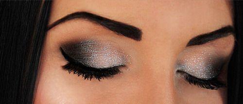 Love this for NYE!!Eye Makeup, Beautiful, Flawless Makeup, Makeup Ideas, Glitter Makeup, Eyeshadows, Eyemakeup, Black, Prom Makeup