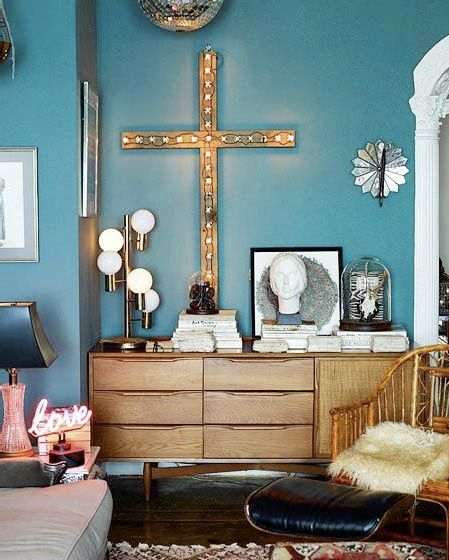 TEALDiscos Ball, Wall Colors, Blue Walls, Interiors, New York Apartments, Dressers, Bohemian Living Room, Crosses, Wall Colours