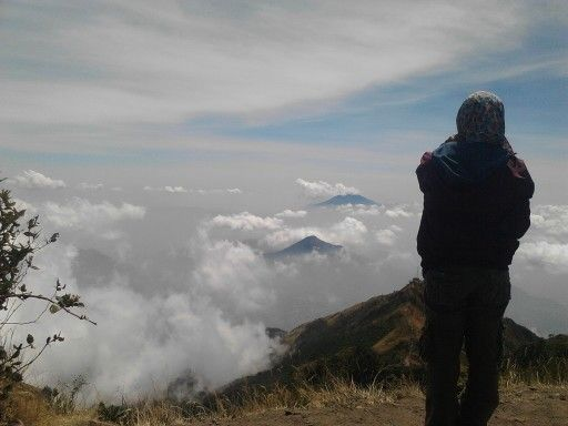 Thanks God for being my life so wonderful.  Peace feeling at top merbabu. #merbabu #indonesia