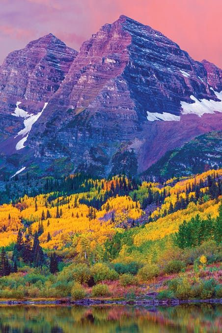 MAROON BELLS, COLORADO | The 25 Most Photogenic (and Breathtaking) Spots in America via @PureWow